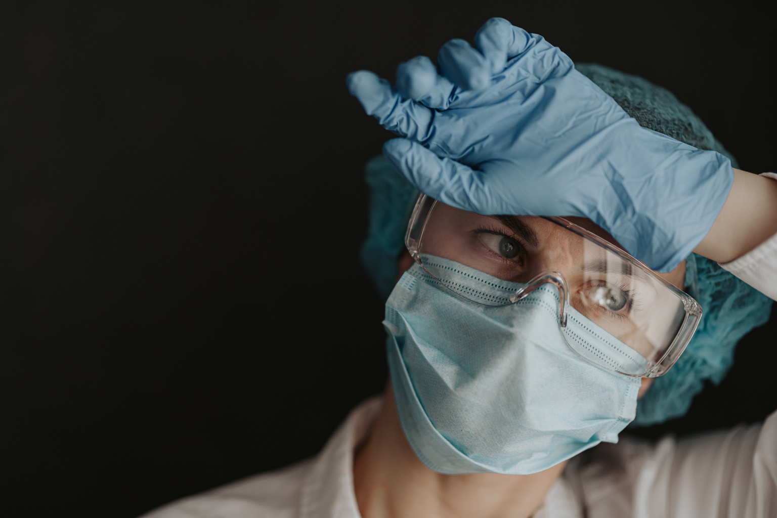 Providing psychological first aid for nurses during the pandemic