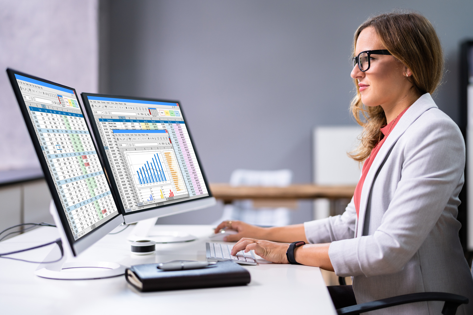 Business woman working with taxes
