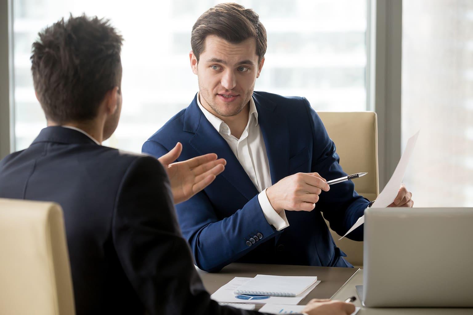 Consultant Alure adviseert klant