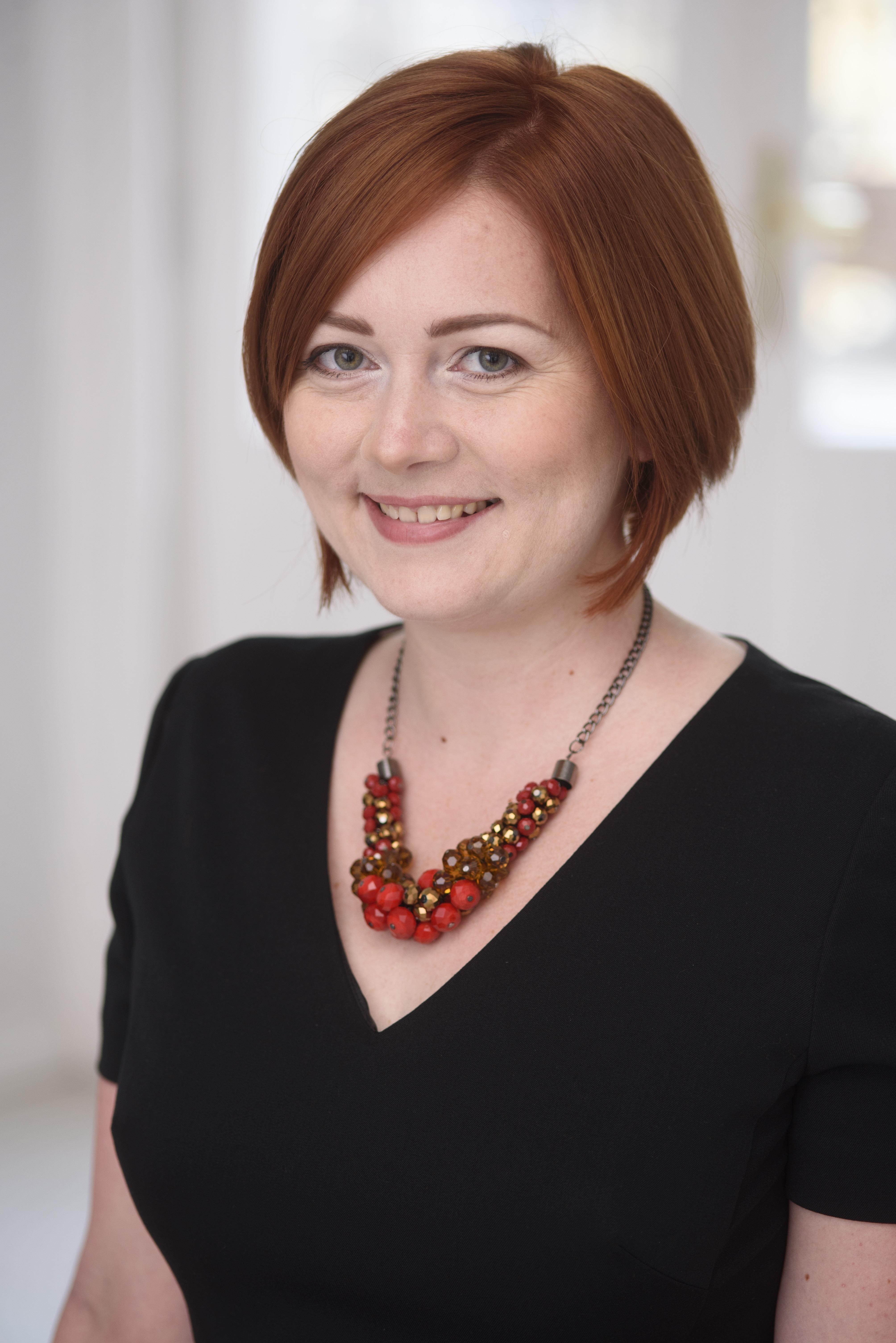 dr. Antalóczy Adrienn