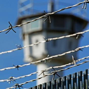 LSG: Keine Beendigung der Bedarfsgemeinschaft durch Haft