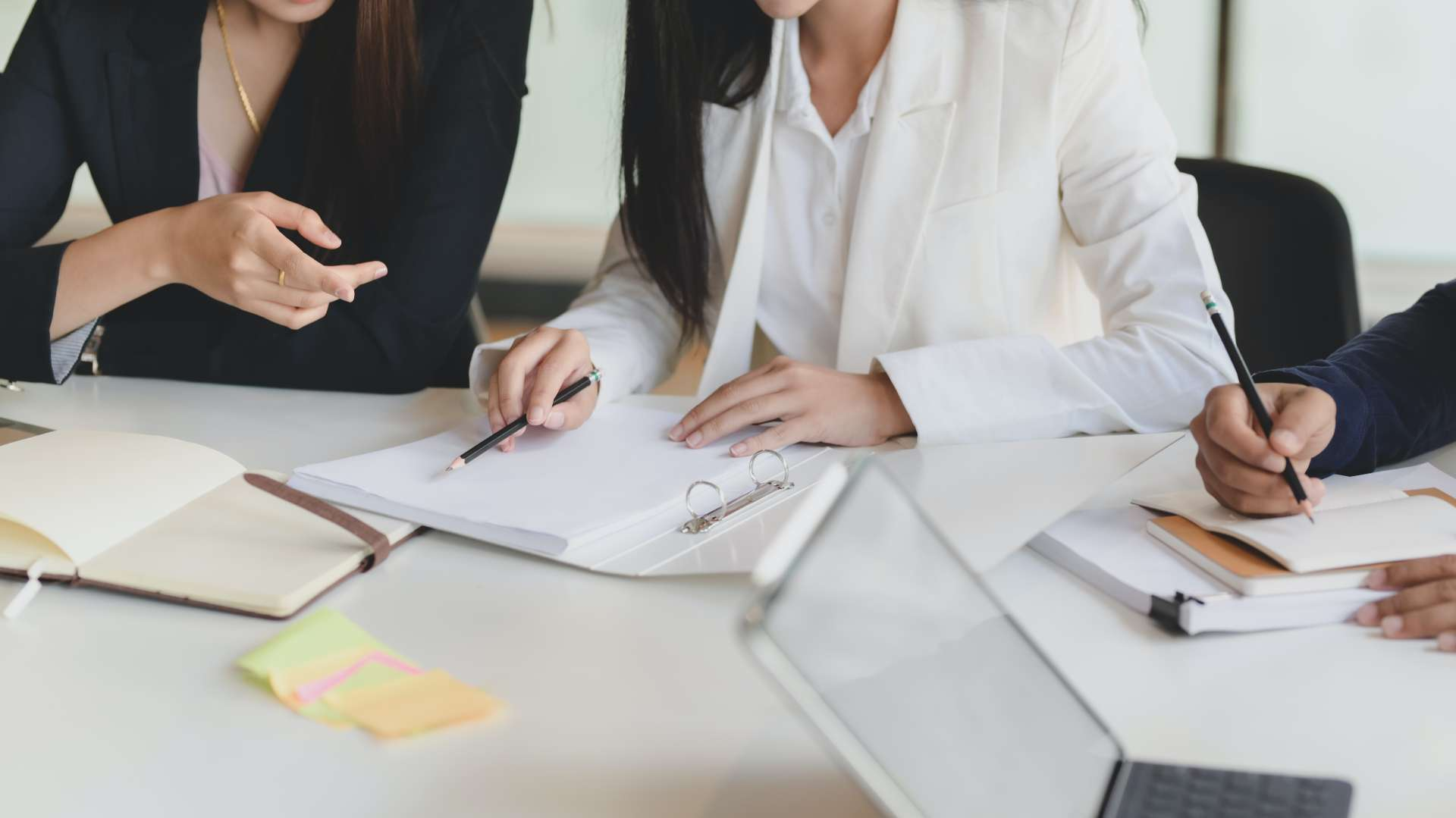 Vier vragen die u zich moet stellen over het neerleggen van de jaarrekening van uw vennootschap