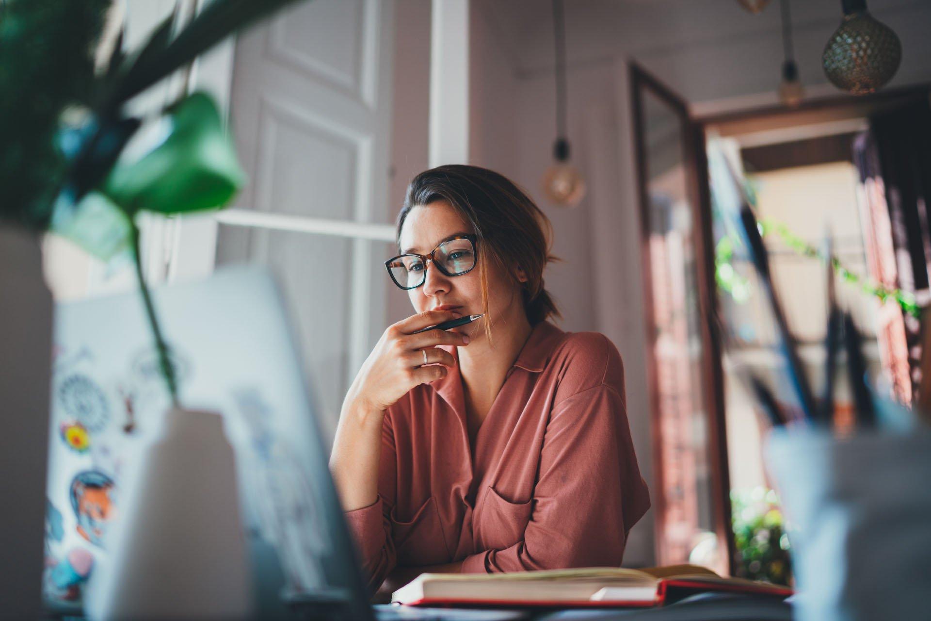 woman reviewing her lien portfolio