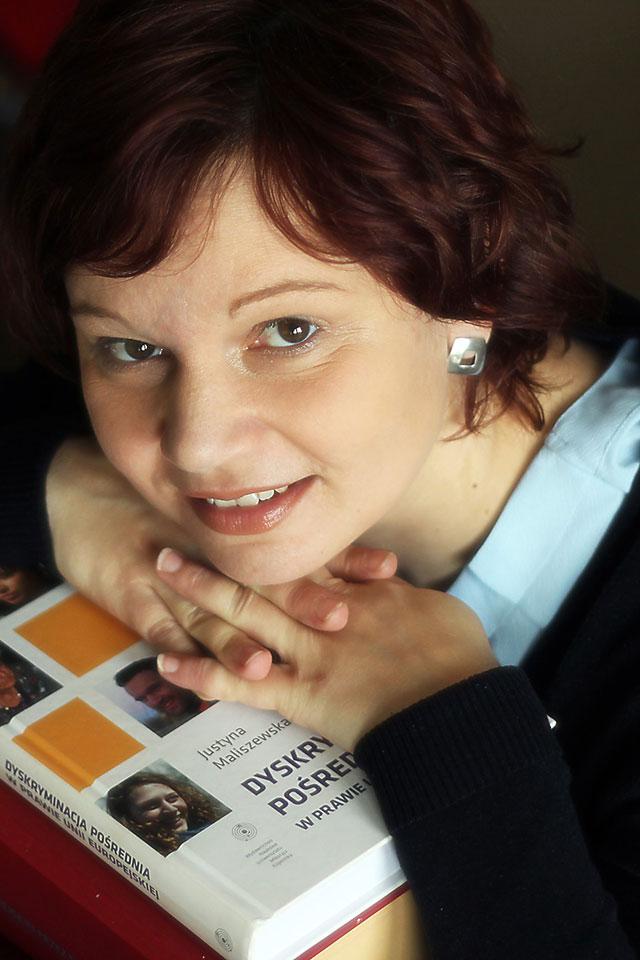 Justyna-Maliszewska-Nienartowicz