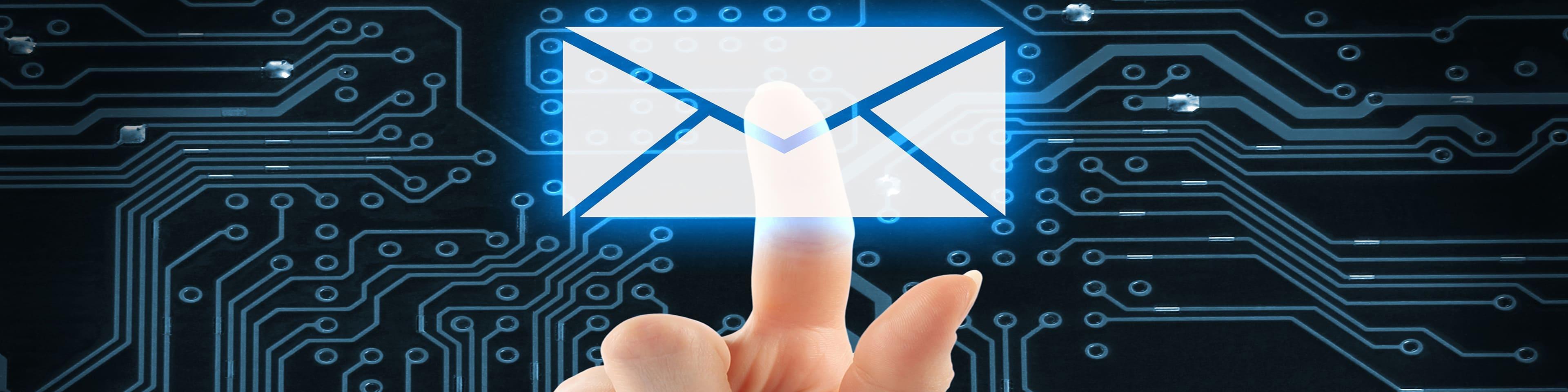 elektronische circuits met e-mail envelop