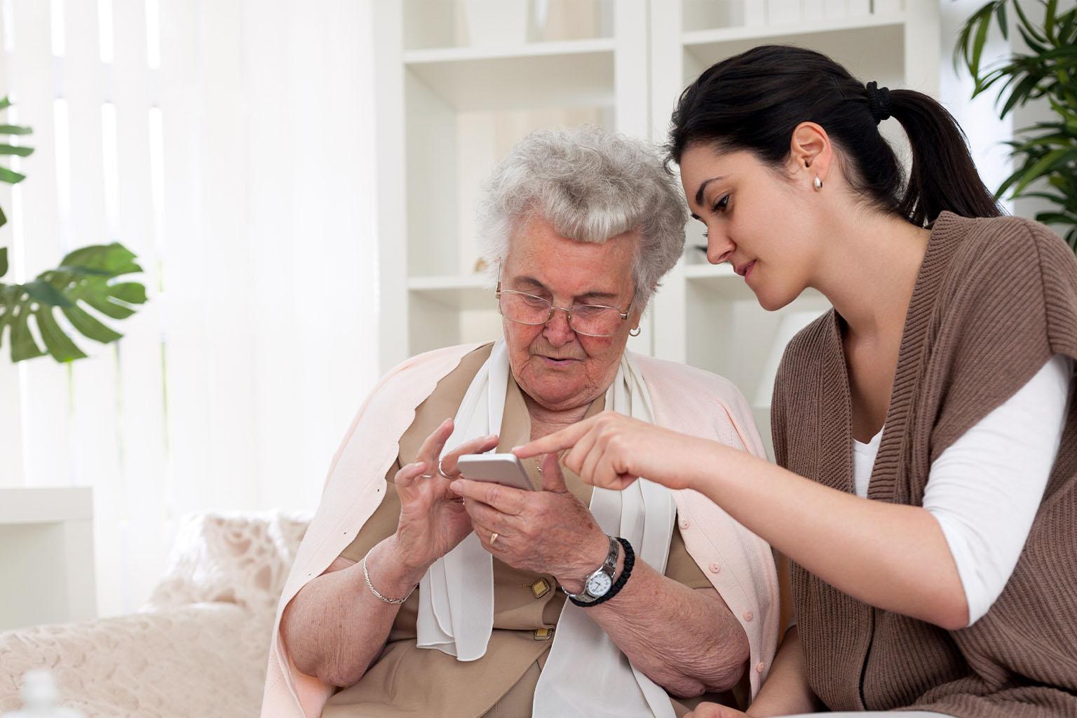 Die digitale Pflegeanwendung kommt: Das ändert sich ab 1.1.2022 bei der Hilfe zur Pflege