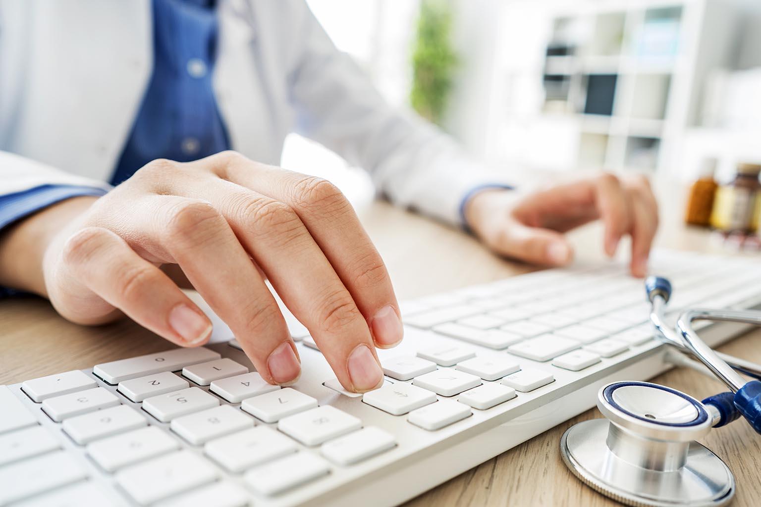 Marketing tips to recruit nurses to your higher education program