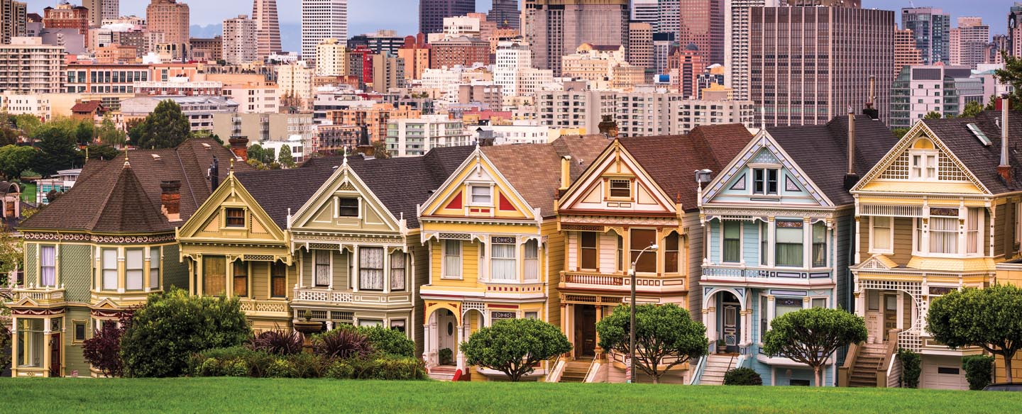 houses in san francisco on a street