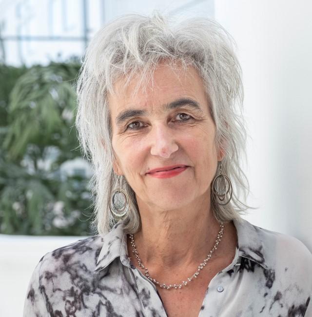 Dr. Marion Koopmans