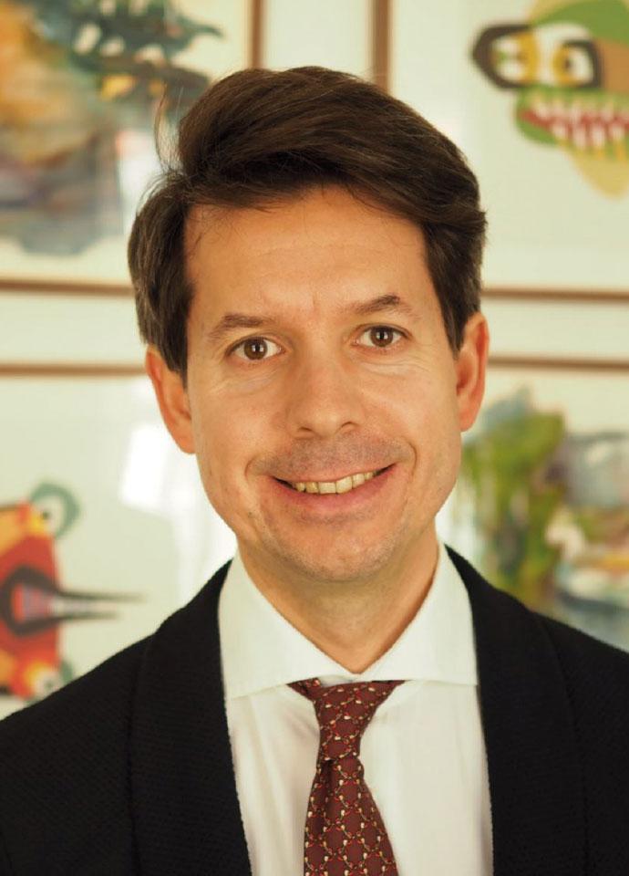 Prof. dr Bartosz Makowicz