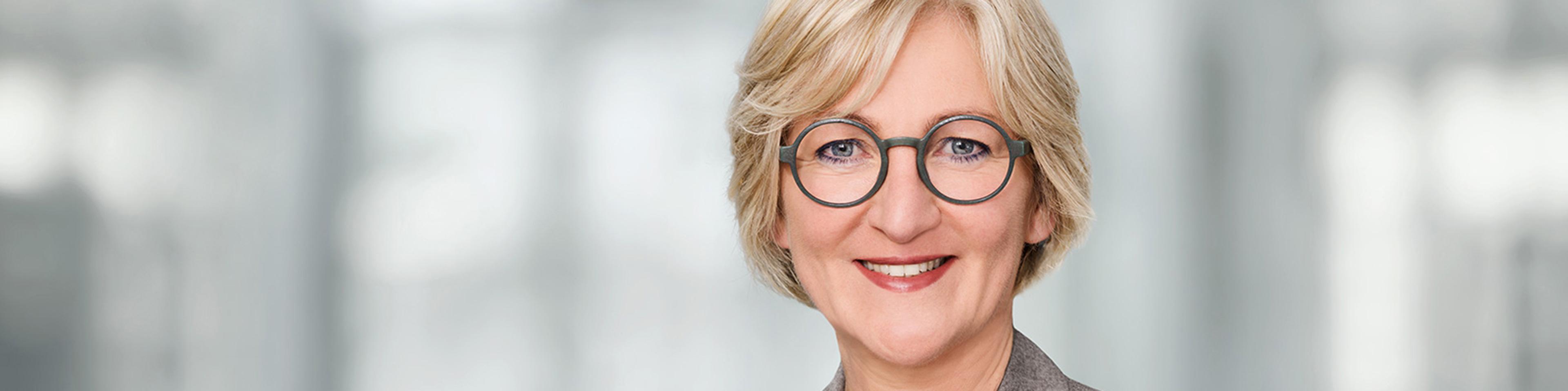 Martina Bruder, CEO Wolters Kluwer Deutschland