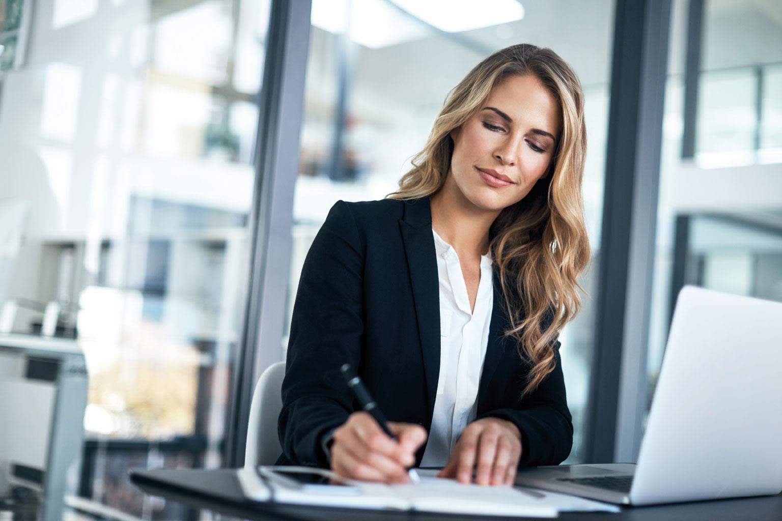 Proces monitorowania zgodności z prawem i regulacjami wewnętrznymi z opogramowaniem GRC Manager