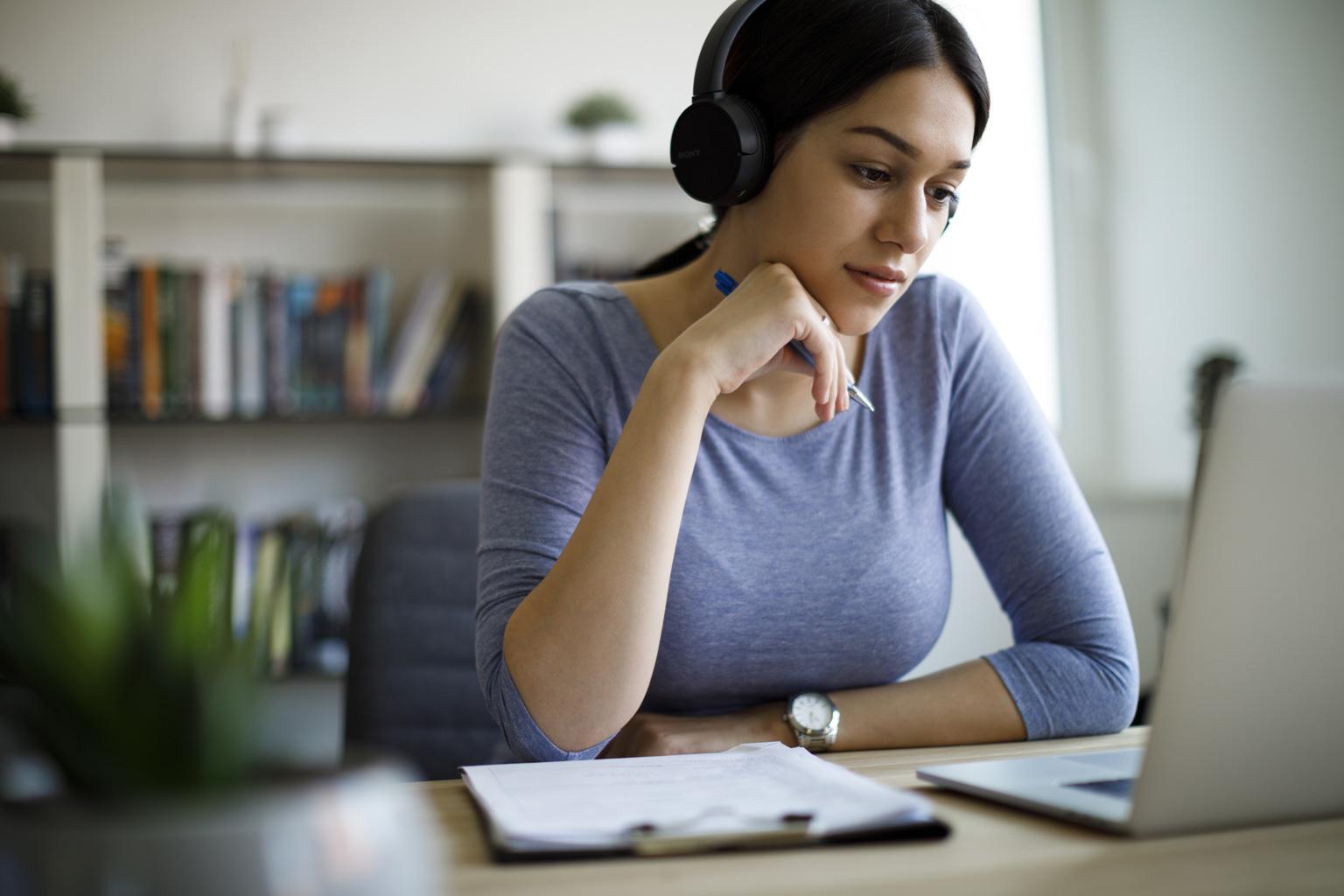 Szkolenia online w LEX Pomoc Społeczna