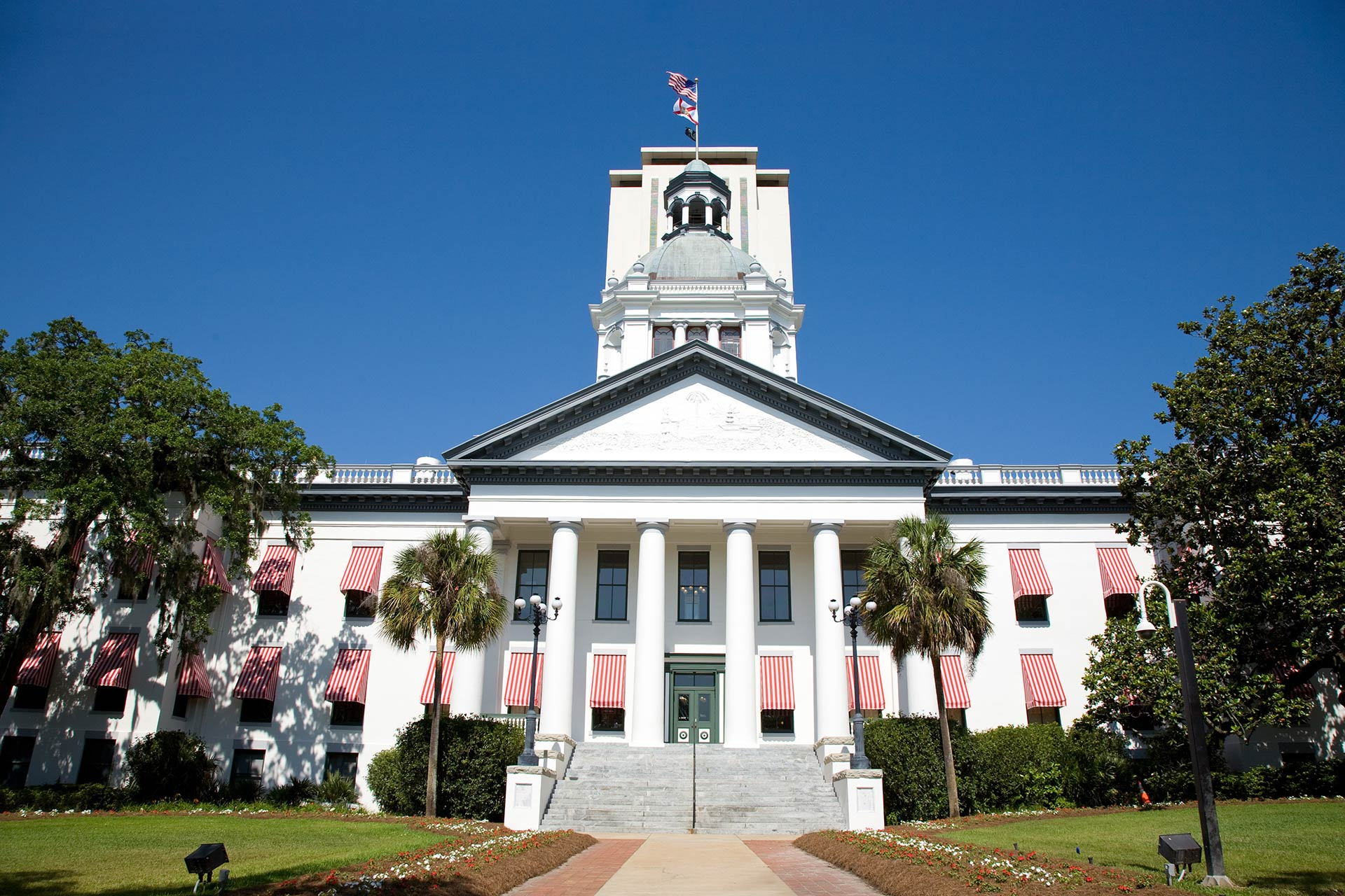 Florida municipal lien search, including code and zoning violations, failure to pay utilities or secure permits, special assessments, unpaid taxes, and more.