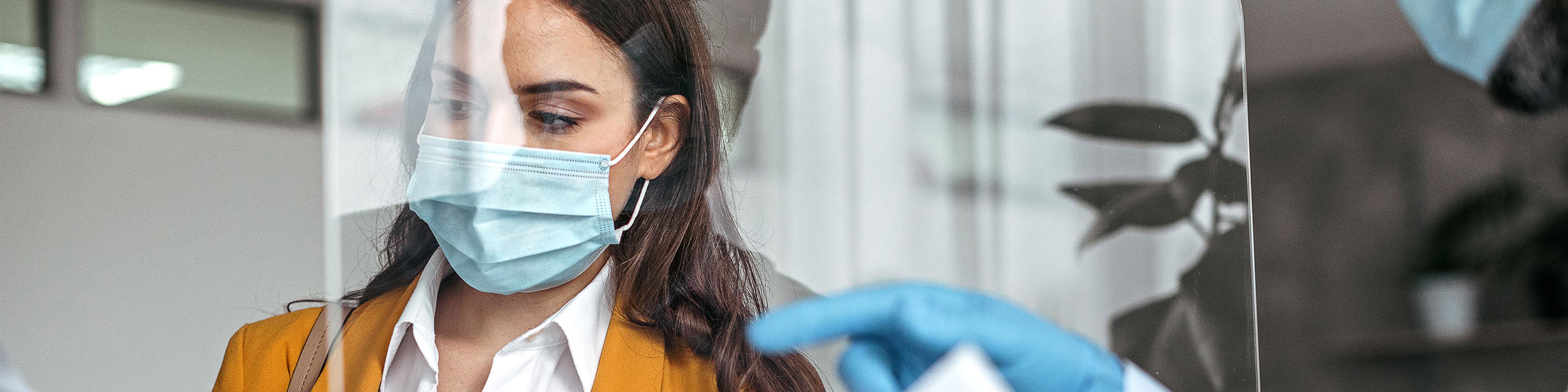 Influence du placement d'écrans de protection contre le coronavirus sur la sécurité incendie