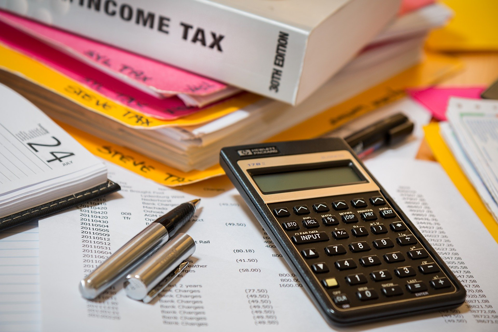 income-tax-4097292-1920
