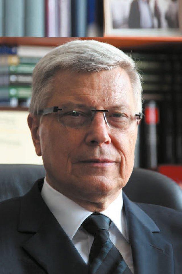 prof. dr hab. Tadeusz Ereciński