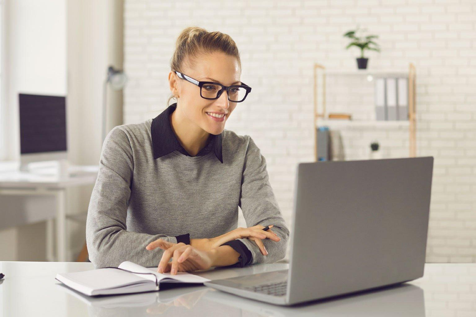 Szkolenia merytoryczne online