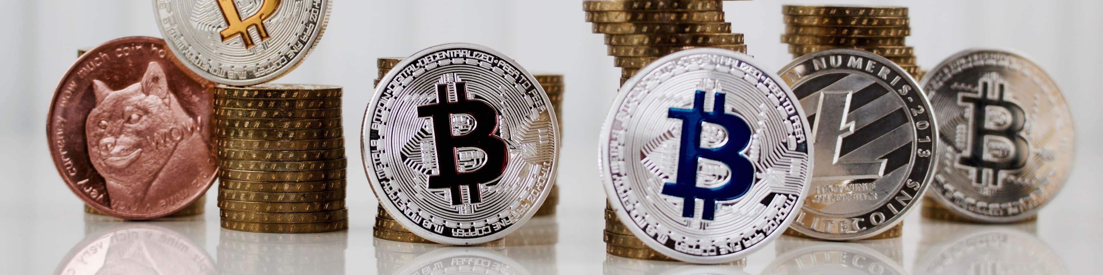 verschillende crypto currencies op een rij
